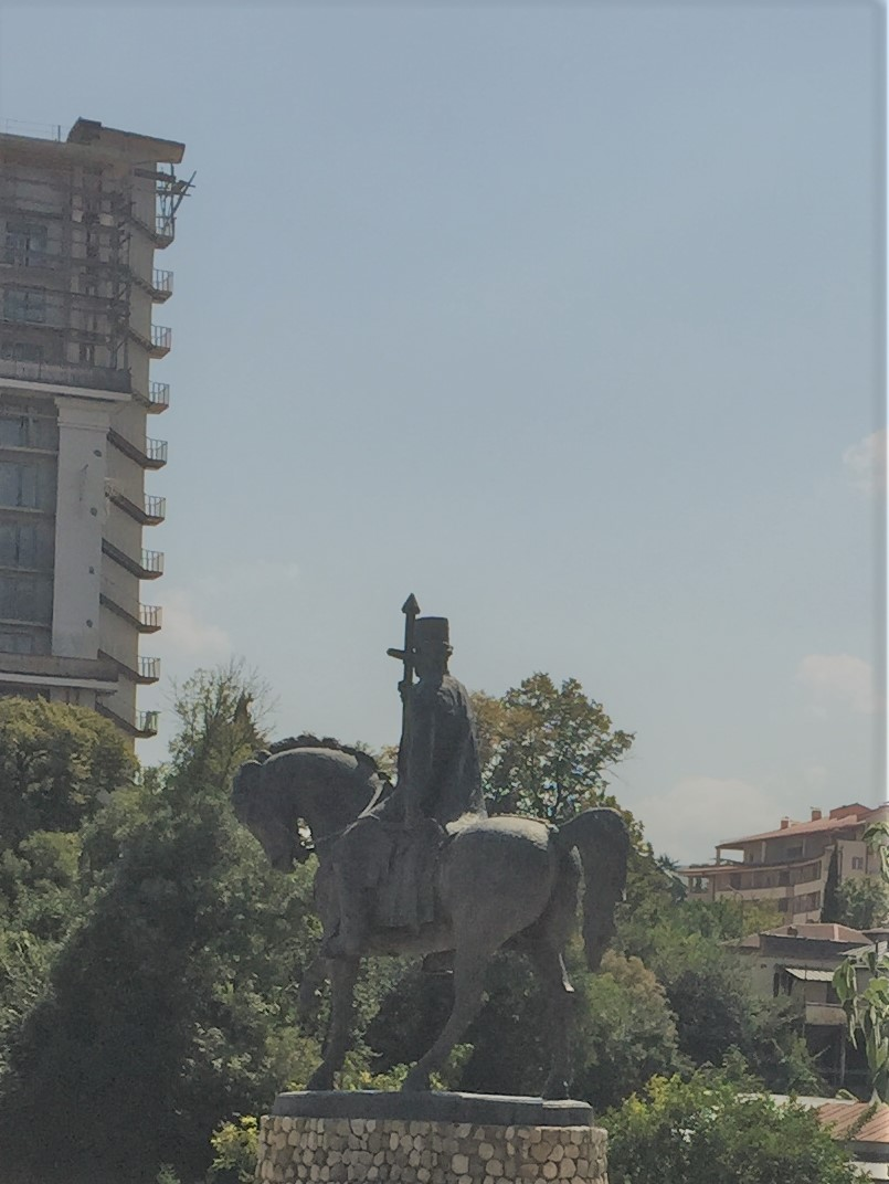 Statue of King Erekle 2